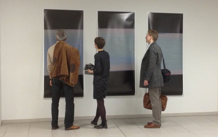 Ola Lanko vertelt over haar werk aan bezoekers van Rijnstate