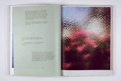 Pagina uit boek 'Yonder'